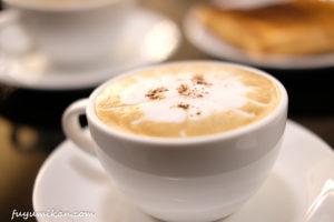 ドンムアン空港のラウンジのカフェ